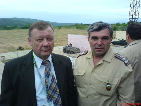 Полк. Тончев и гост руски генерал